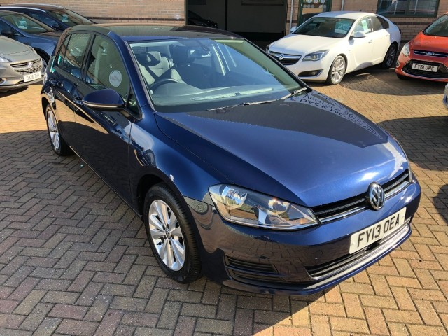 Volkswagen Golf 2.0 SE TDi Bluemotion Technology DSG Hatchback