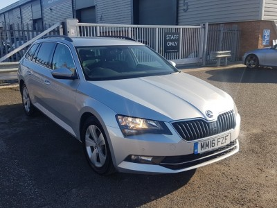 Skoda Superb 1.6 Se Business Tdi
