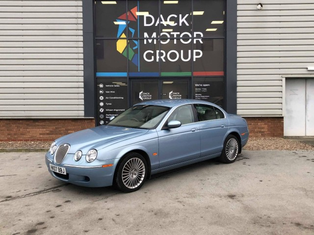 Jaguar S-type 2.7 SE D Saloon
