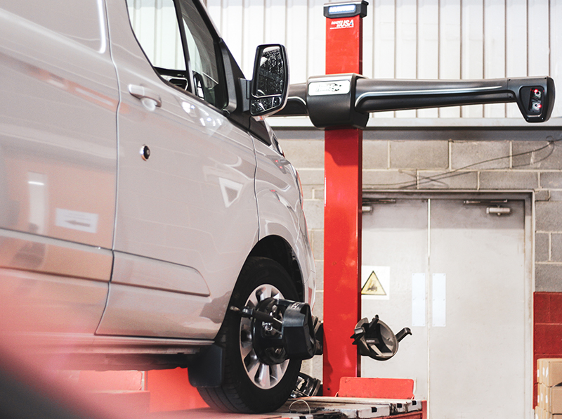 Van Wheel Alignment & Tracking in Lincoln